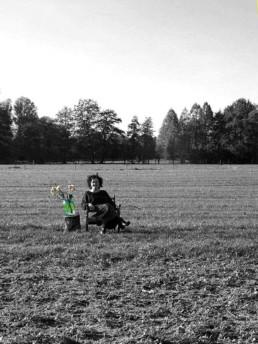 Tine Hoet in het veld